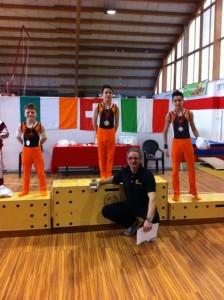 Le tre medaglie di Lugano, riunite sul podio