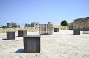 Eva Caridi, Installazione site specific, castello di Acaya. Ph. Samuele Mele