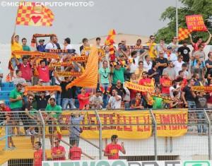 tifosi del Lecce a Matera 13-9-2014 2