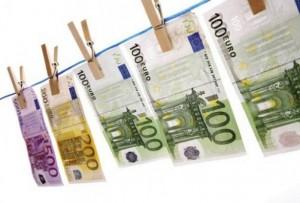 banconote evassione fiscale euro soldi
