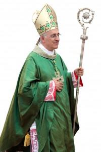 Mons. Domen ico D'Ambrosio arcivescovo di Lecce