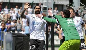 Foto Ivan Benedetto - Fc ProVercelli 02-05-2015 Vercelli (Vc) Pro Vercelli-Crotone Campionato SerieB 2014/2015 Stadio Silvio Piola Nella Foto: Cosenza Francesco  (F.c.ProVercelli 1892);