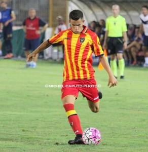 Morello in azione con la maglia del Lecce