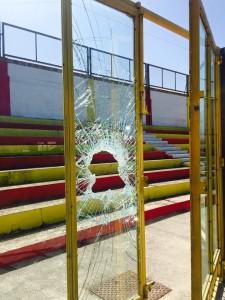 atti vandalici stadio Bianco Gallipoli 6