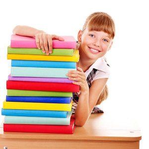 lacchiappalibri-bambina-con-libri