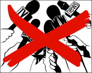 mass-media-microfoni-silenzio-stampa
