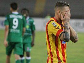 Lecce sprecone ma avanti lo stesso: basta lo 0-0