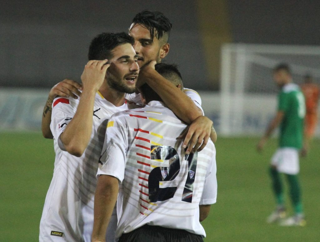 Pro Vercelli-Lecce in tv e in streaming gratis: come fare
