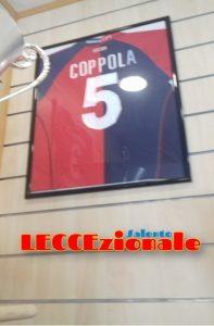 La maglia del vice allenatore del Lecce, alla Tor Tre Teste dal '96 al '99