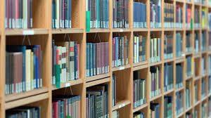 biblioteca-pubblica-a-lecce-libri
