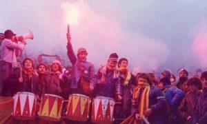 tifosi-giallorossi-con-tamburi-e-megafono