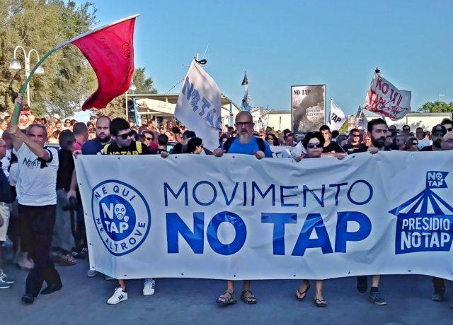 Anche i No TAV al corteo contro TAP